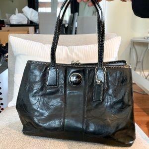 Coach Gray Leather Shoulder handbag
